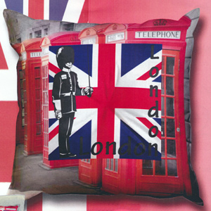 SEG de Paris Needlepoint Cushion Kit - London - Palace Guard