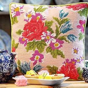 Burnham Roses Cushion Kit